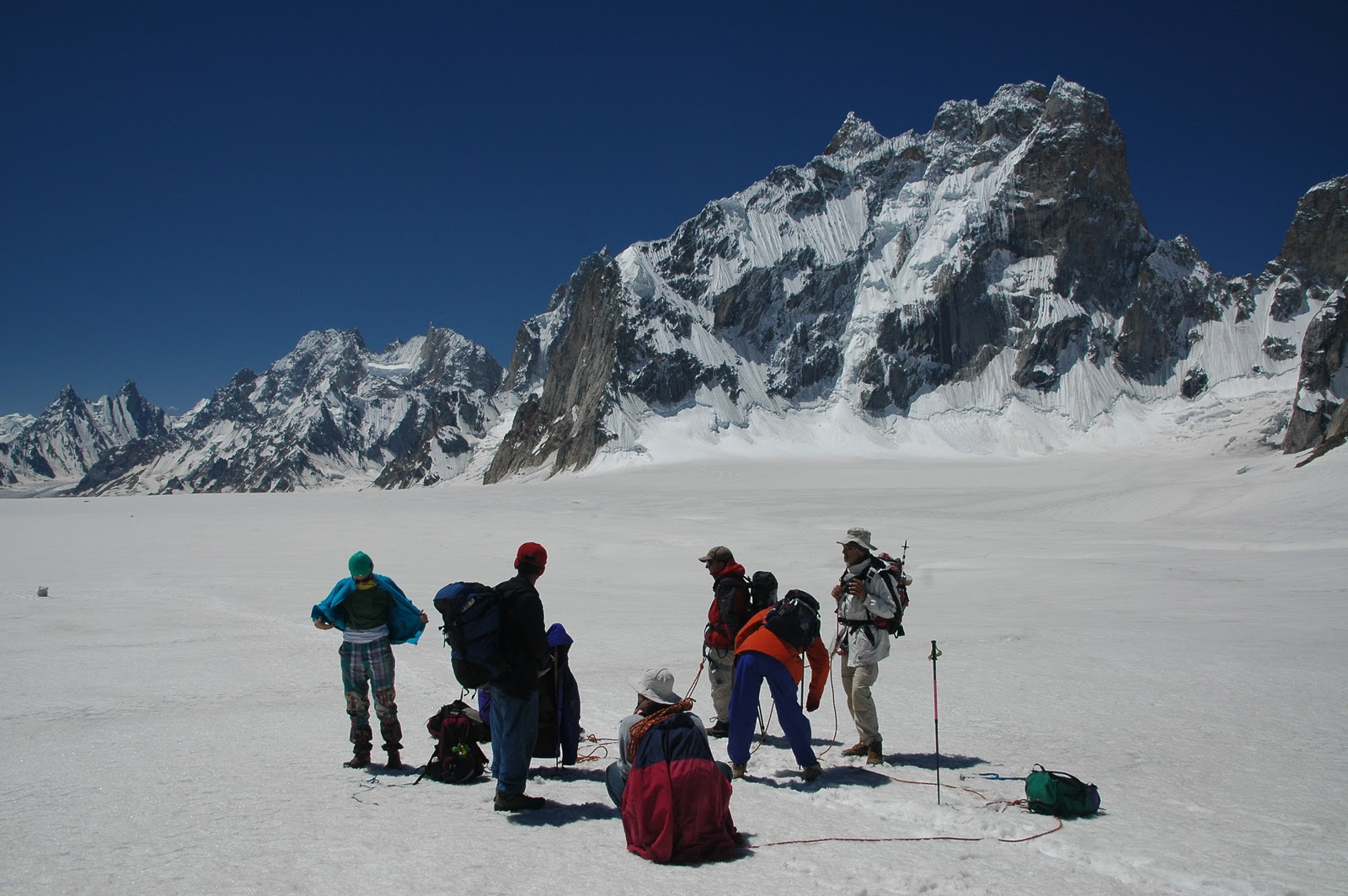 Biafo Hisper Snow Lake Trek